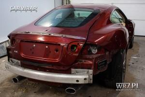Jaguar XK podczas przygotowania do oklejenia